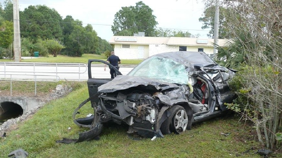 Port St Lucie Man Dies In Early Morning Crash Wpec