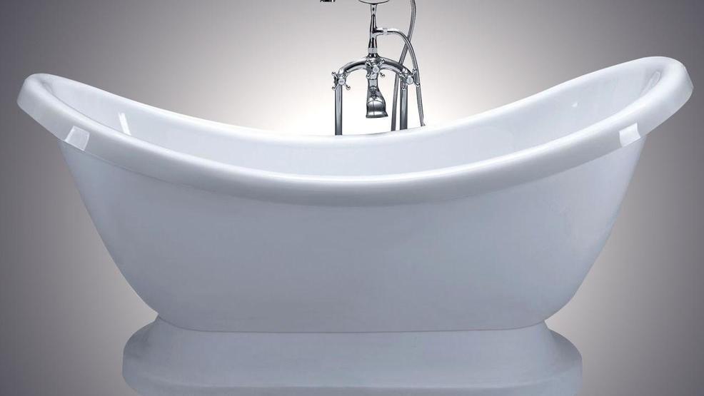 Instagram Model Sells Bathwater Wpec