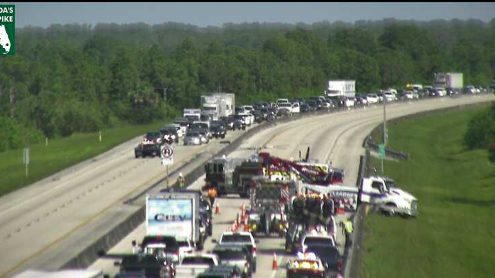Accident blocks all lanes on Florida Turnpike in Martin County | WPEC