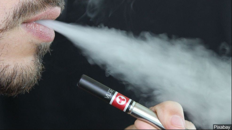 Vaping-linked lung problems surface in Florida | WPEC