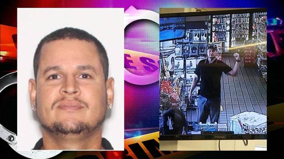 Florida sex offender captured, suspect in girlfriend's